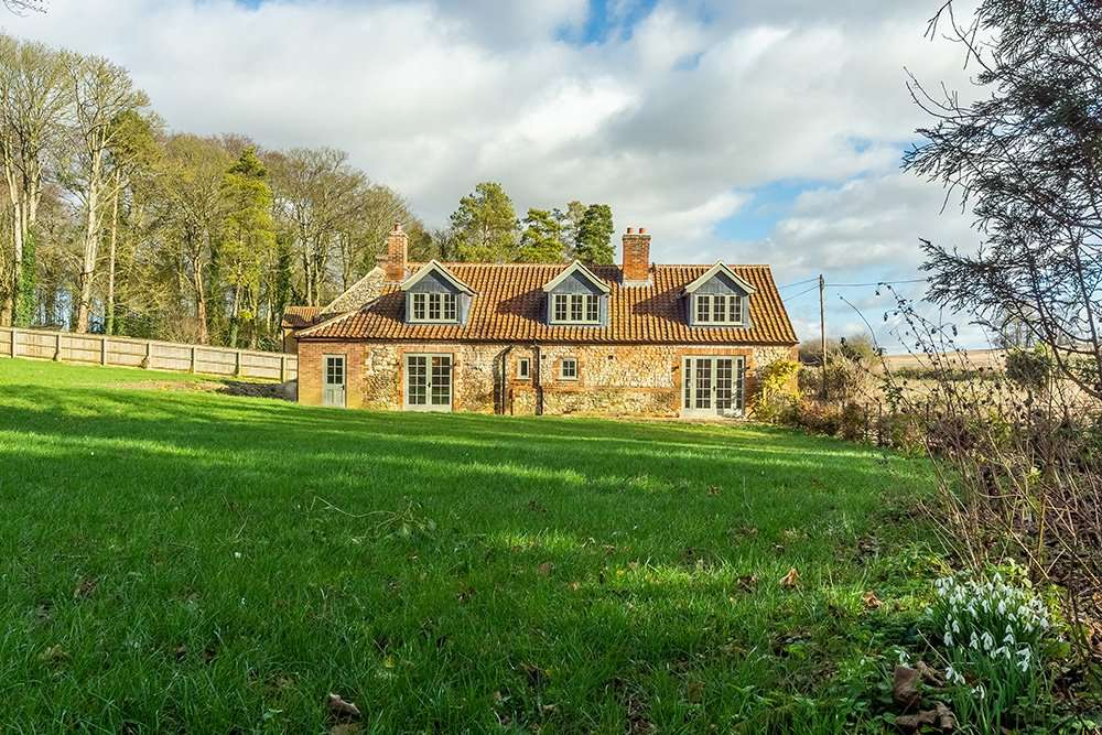 Market Square House's Norfolk countryside setting